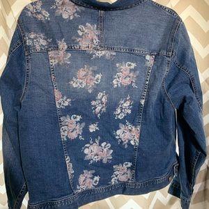 Eat. 1946 denim jacket with flower/rose detail